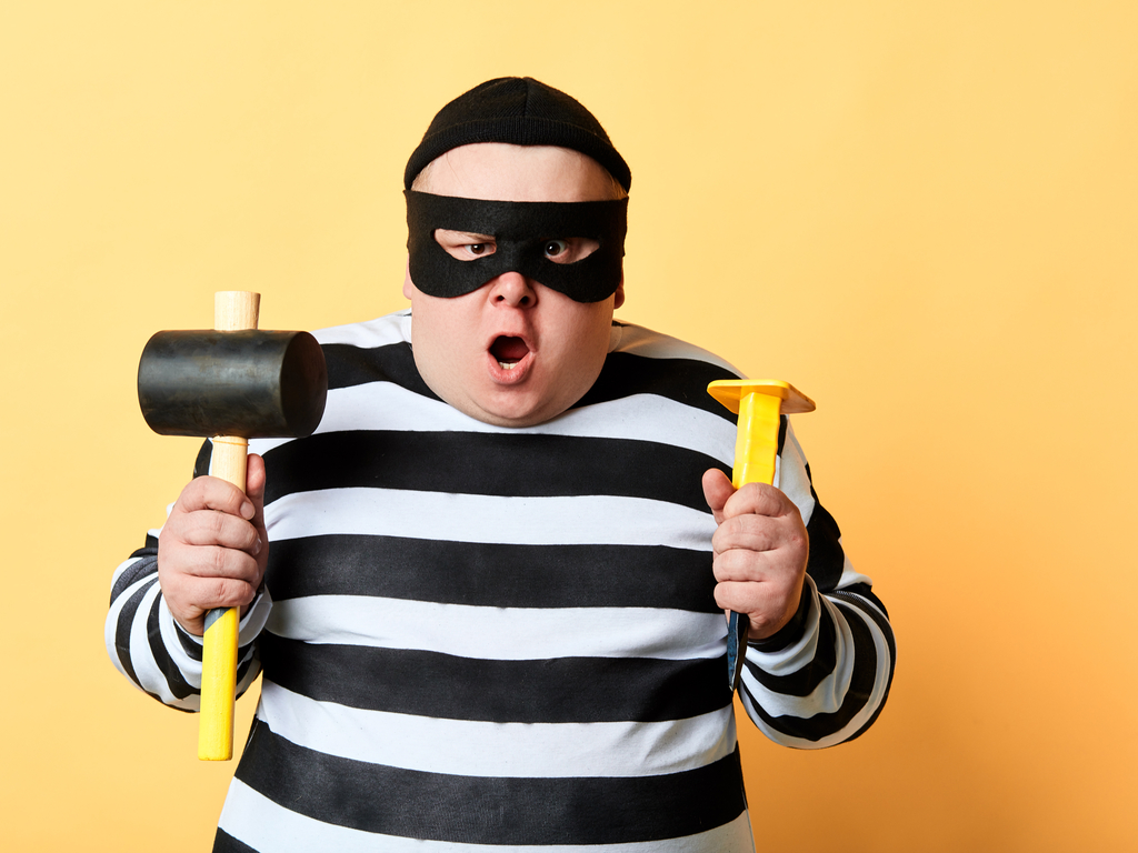 10 Steps to Burglar Proof Your Home